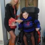 Теперь у Дианы есть такая нужная ей коляска