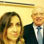 Волонтер Юлия Пименова и Вольфганг Мёссингер, почетный доктор и генеральный консул Германии в Днепропетровске